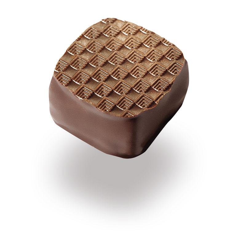 Bonboniera - Čokoladne praline Lucifer Chocolate - Marcipanova kocka