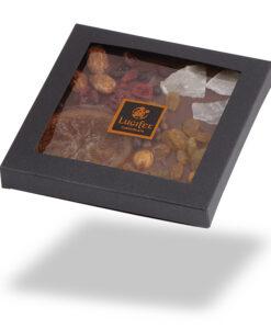 Čokoladna darila - Posuta mlečna čokolada s sadjem in oreščki - v škatlici