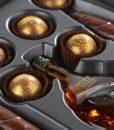 Čokoladne cigare in čokoladne praline s konjakom – notranjost