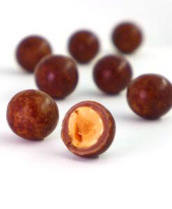 Čokoladni dražeji - Obliti lešniki z mlečno čokolado in kavo